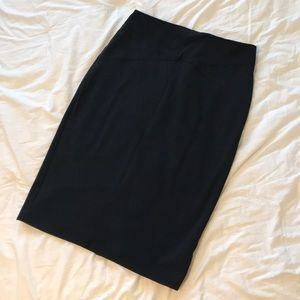 New York & Company Black Pencil Skirt, size 6